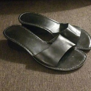 Kenneth Cole Black Slide
